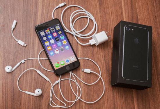 iPhone-7-hu-loa-trong-1