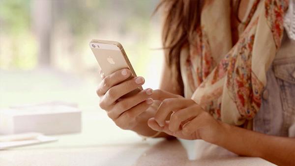 iphone-6-plus-mat-tieng-loa-trong