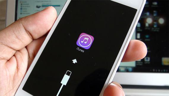 Restore iPhone 6S Plus với iTunes