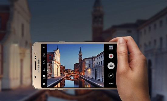 Samsung J7 loi camera sau