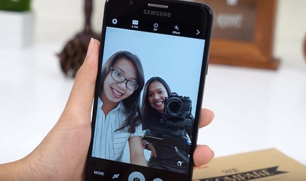 Cách xử lý Samsung J7 lỗi camera trước