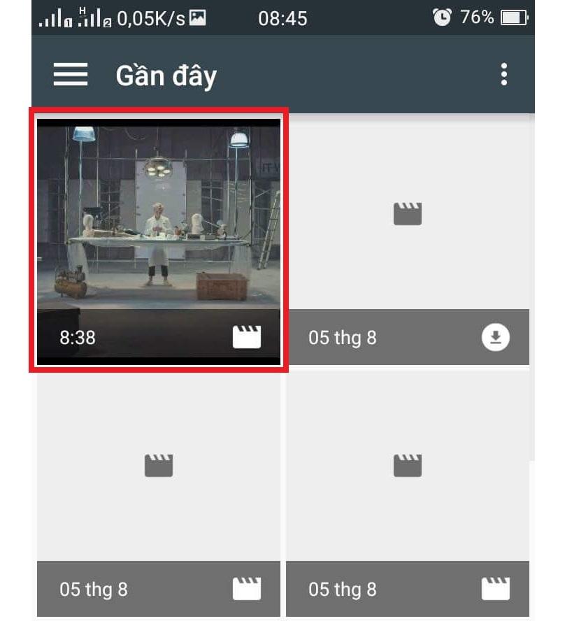 bạn lựa chọn video mình thích có trên điện thoại