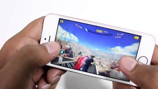thay loa ngoai iPhone SE