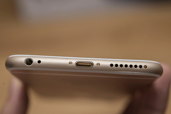 Thay loa ngoai iPhone 6s Plus