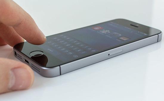 thay nut nguon iPhone SE chinh hang