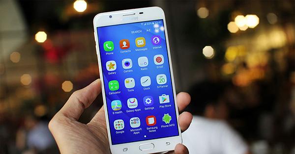 Samsung-J7-Prime-bi-dom-sang