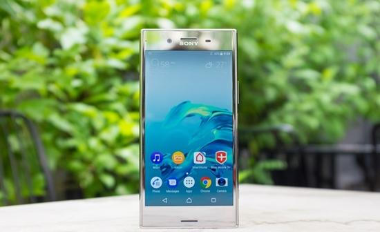 Sony-XZ-Premium-bi-dom-man-hinh