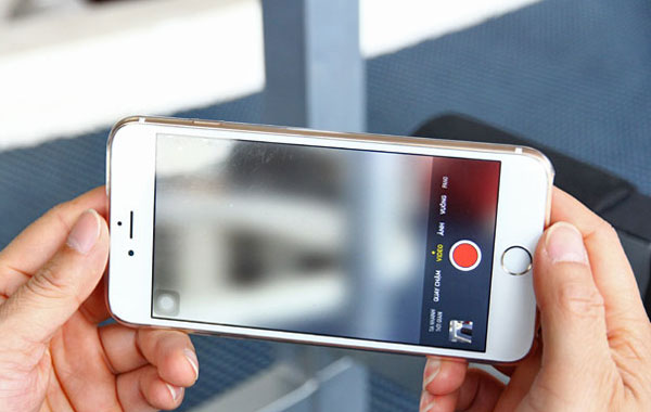 camera iPhone 6S Plus bị mờ