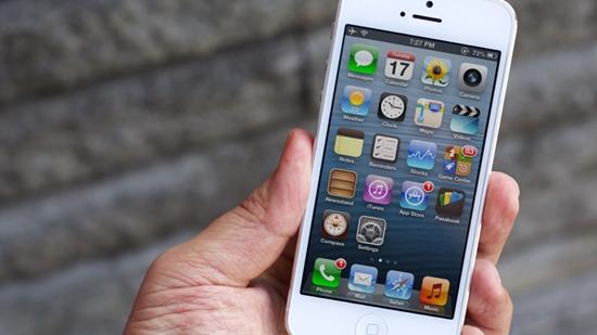 iPhone 5 hu loa ngoai