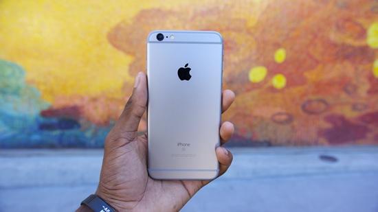 iPhone 6s sac khong vao