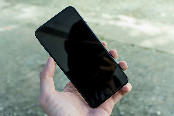 iPhone 6 Plus khong len man hinh