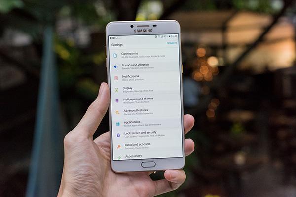 Samsung C9 Pro mất cảm ứng