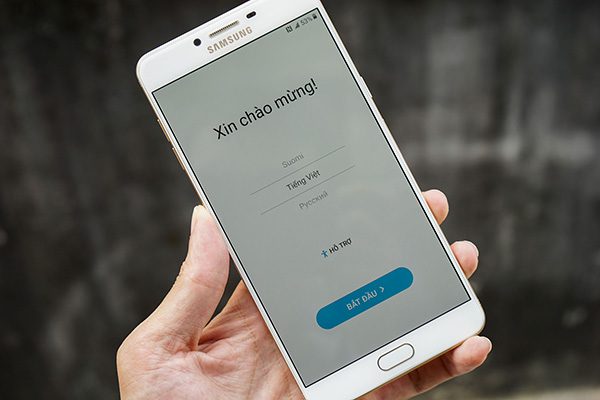 Khắc phục Samsung C9 Pro mất cảm ứng