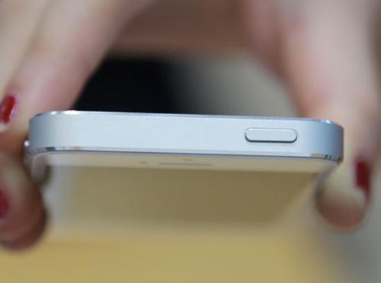 Thay nut nguon iPhone 5