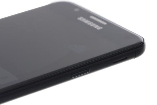 Samsung J7 prime sac khong vao pin