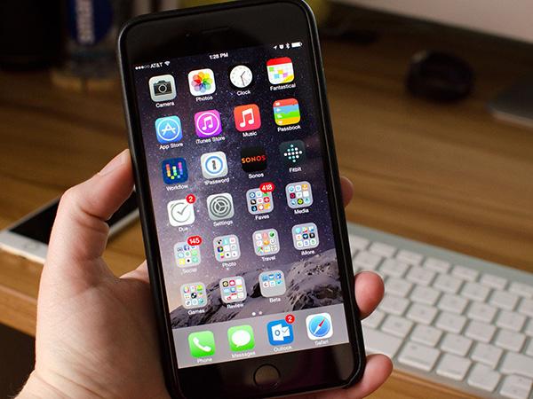iphone-6-plus-bi-giat-man-hinh
