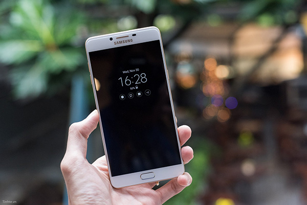 Khắc phục Samsung C9 Pro bị mất tiếng loa ngoài