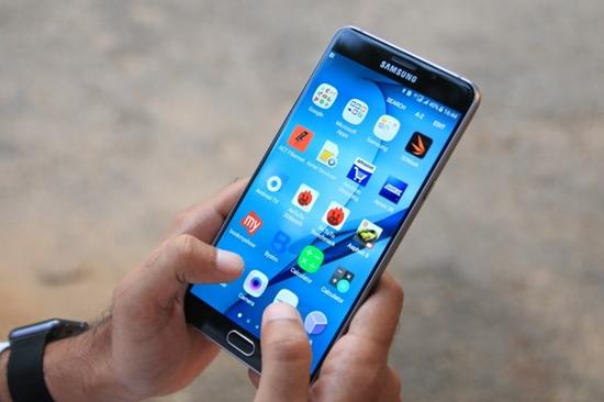 Samsung-A9-Pro-bi-do-man-hinh