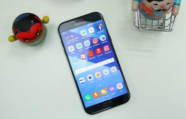 Thay màn hình Samsung A7 2017 chính hãng