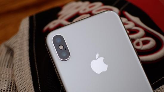 iPhone-X-bi-nong-gan-camera