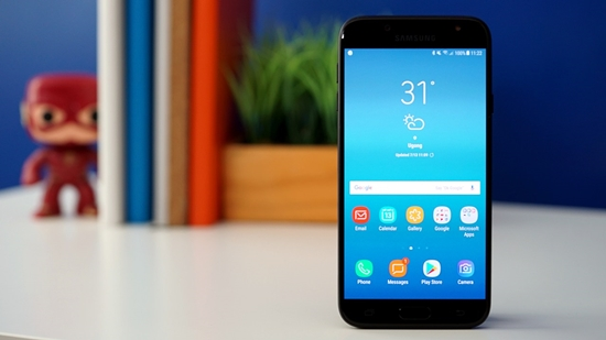 dien-thoai-Samsung-bi-giat-lag