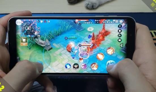 Samsung J6 bị đơ màn hình
