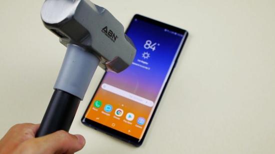 Samsung Note 9 bị loang mực