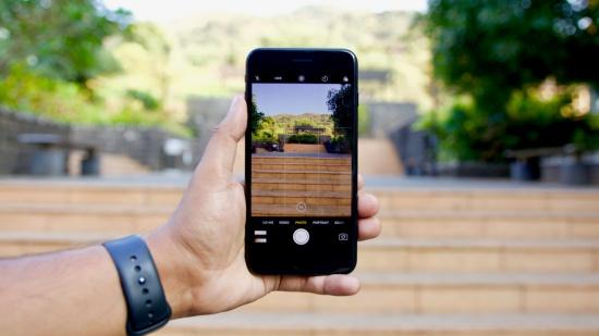 camera iPhone 7 Plus bị đen
