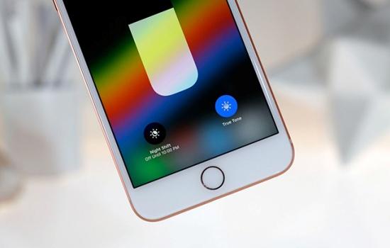 iPhone 8 Plus bị chai pin