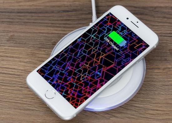 iPhone 8 Plus bị lỗi pin