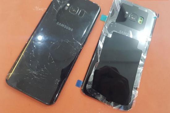thay nắp lưng S8 Plus