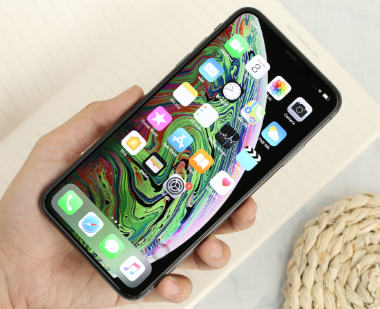 loi-iphone-xs-max-hao-pin-nhanh