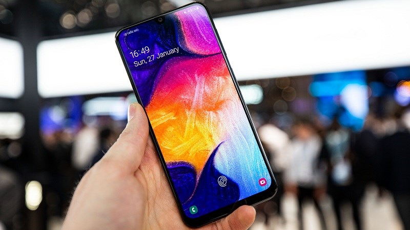 thay-mat-kinh-Samsung-Â50