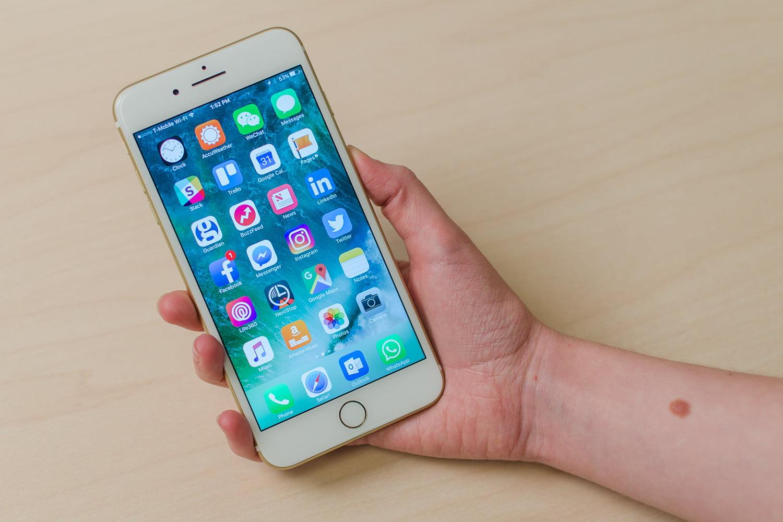 kiểm tra độ chai pin iPhone 7 Plus