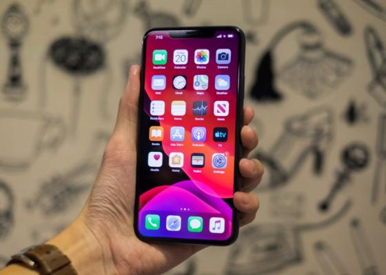 iphone 11 pro max khong nhan tai nghe