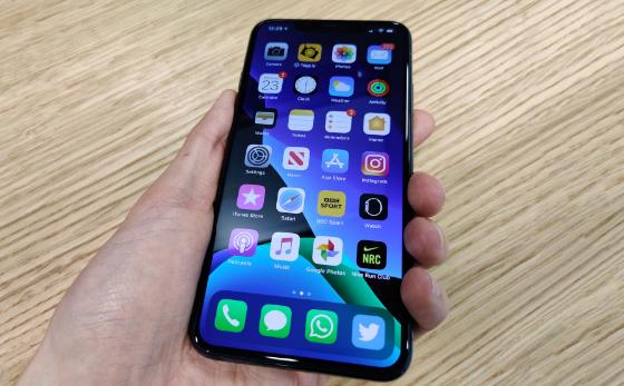 loi loa iphone 11 pro max bi re