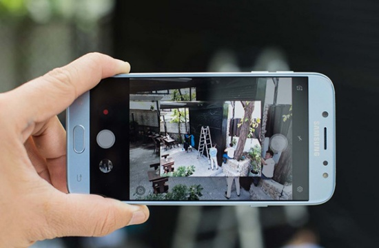 thay camera Samsung J7 Pro