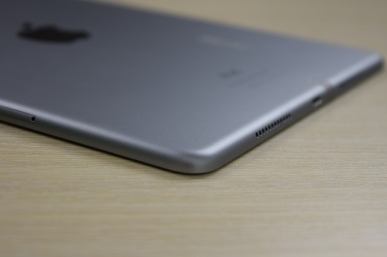 Chân sạc của iPad Pro 9.7 có thể bị hư hỏng sau một thời gian sử dụng