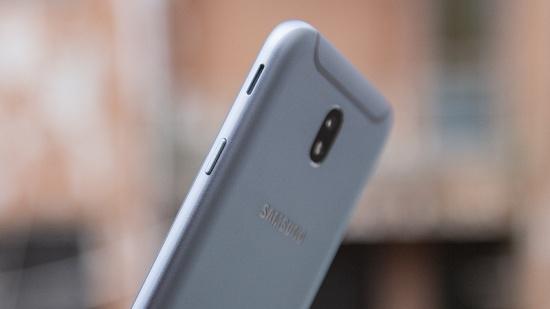 thay loa Samsung J7 Pro