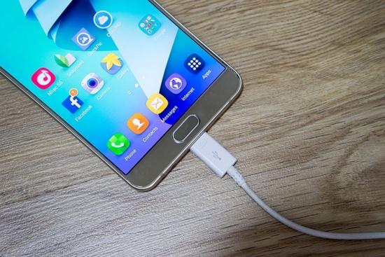 thay chan sac Samsung Note 5