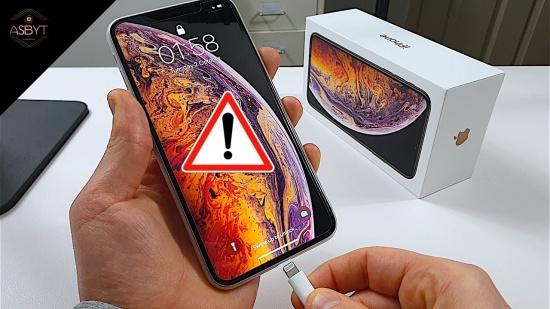 thay chan sac iPhone Xs Max