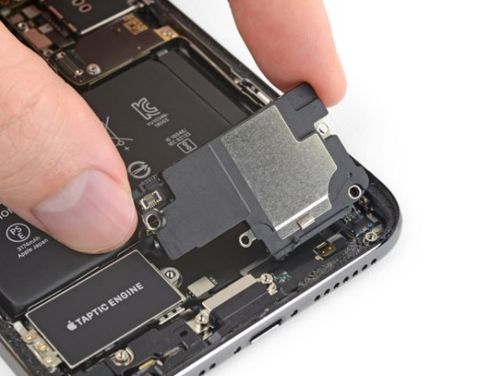 thay loa iPhone Xs Max