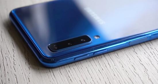 thay nut nguon Samsung A7 2018