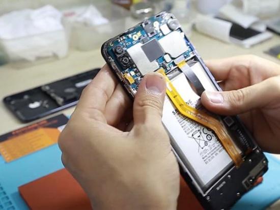thay loa Samsung M20