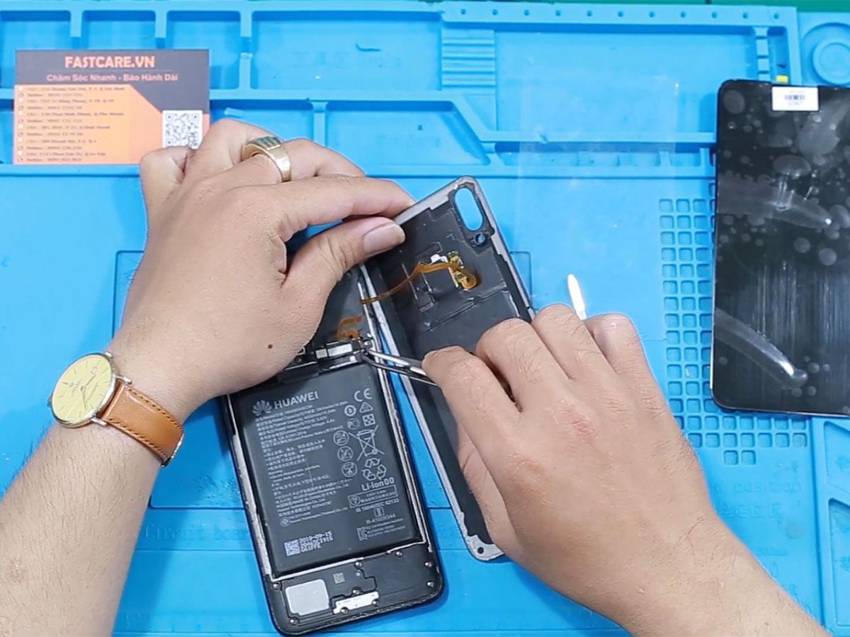 thay man hinh Huawei Honor 9 Lite