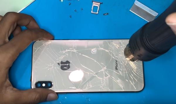 Thay mặt kính sau iPhone Xs Max