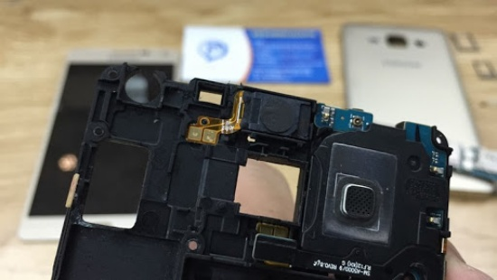 thay loa ngoai Samsung A5 2017