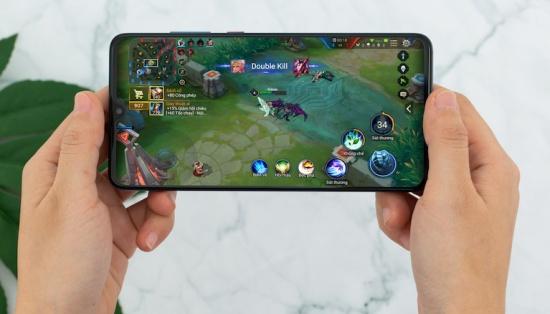 Màn hình Huawei Mate 20 sở hữu màn hình lớn