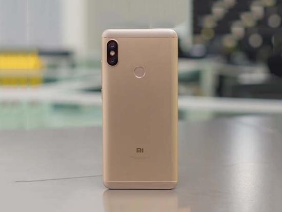 Vỏ Xiaomi Redmi Note 5 được gia công tốt