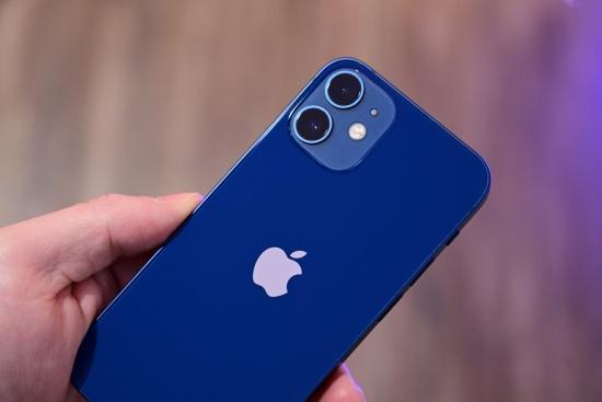 Camera sau iPhone 12 Mini sở hữu khả năng nhiếp ảnh ấn tượng